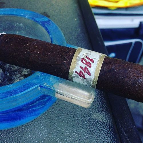 1844 Cigar Cigars Cigarians Cigarlife Cigarlover Cigaraficionado Cigarsociety Cigarworld Cigarphotography Cigarian Cigarlifestyle