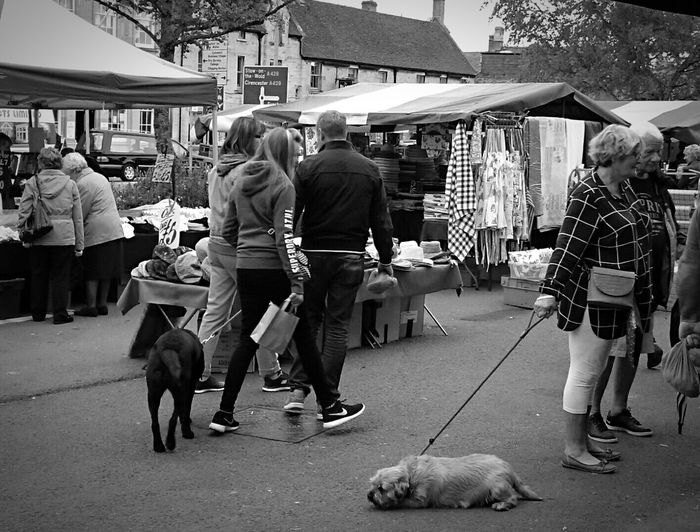 Market Marketplace Markets People Watching People Photography People_bw People Around You Blackandwhite Fromwhereistand Dogs Blackandwhite Photography Marketday Moreton-in-marsh