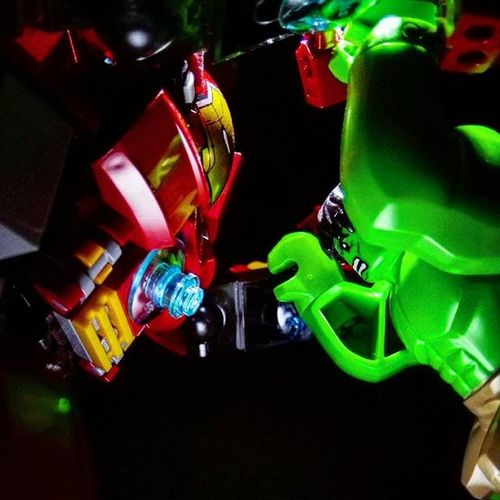 Clash of The Titans LEGO Marvel Theincrediblehulk Hulkbuster Minifigures Toyphotography Toyphotogallery