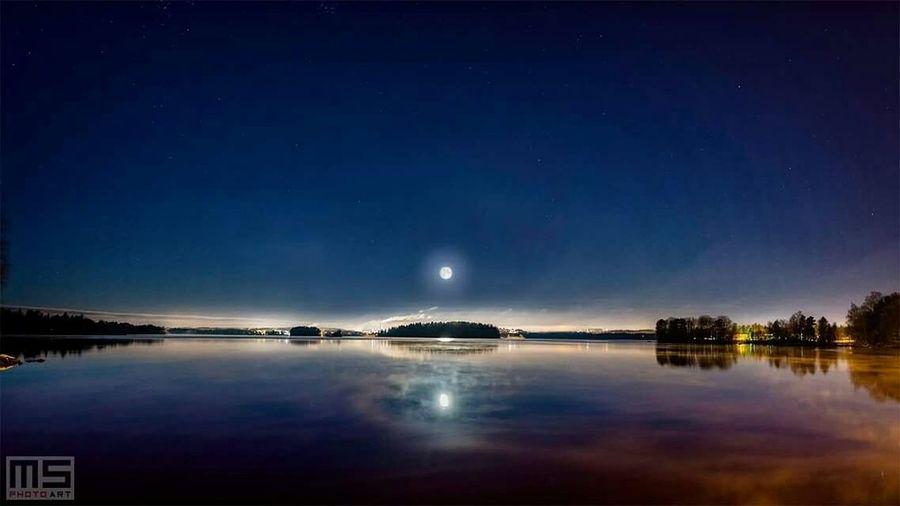 Morning at lake. Water Winter Nature Nikon Nikonphotography Lake Moon Night Nightphotography Long Exposure