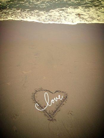 Got bored on the beach ????