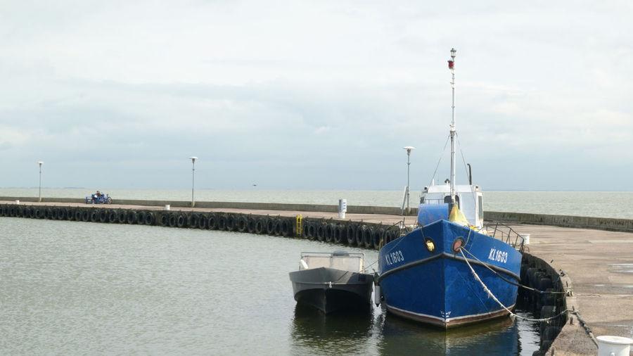 Blue Boat - 032