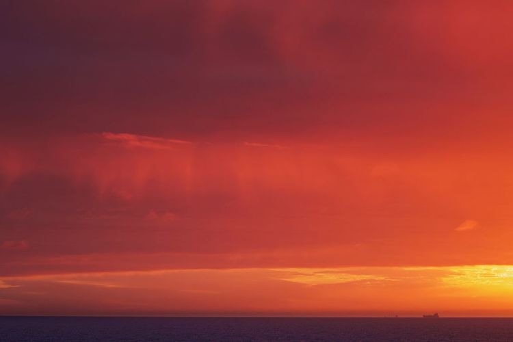 Sea Water Horizon Sky Horizon Over Water Cloud - Sky Beauty In Nature Dramatic Sky Scenics - Nature Tranquility Tranquil Scene No People Outdoors Seascape Blood Red Sky Sun Rise Río De La Plata Argentina