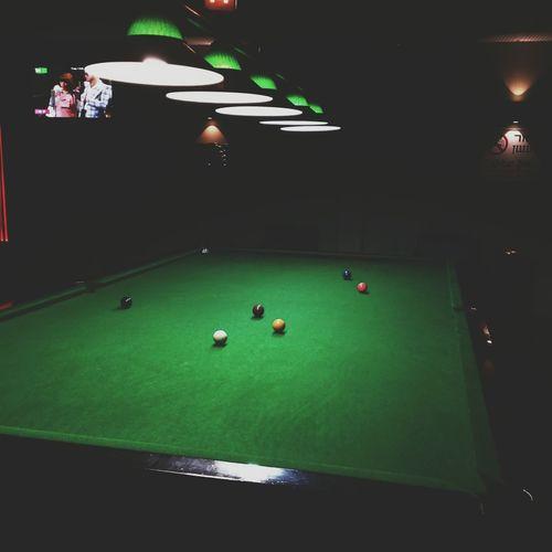 Snooker time Playing Pool Popular Photos EyeEm Best Shots VSCO Vanishing Point EyeEm 5.0 Vscocam Taking Photos Everyday Joy Darkness And Light