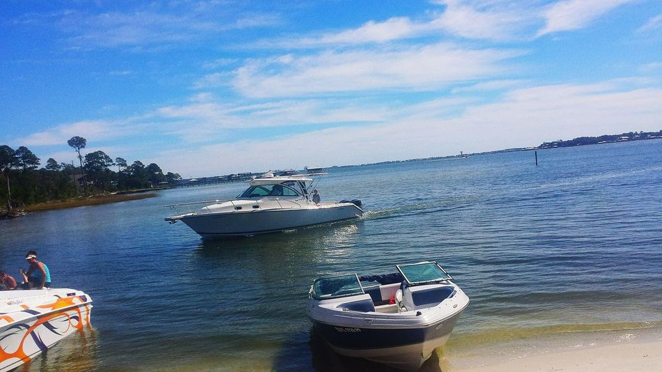 Hanging Out Enjoying Life Beautiful Day Enjoying The View Life Is A Beach Boat Life End Of Summer Pirates Cove Autumn Day Beautiful Sky Life Is Good Hanging Around