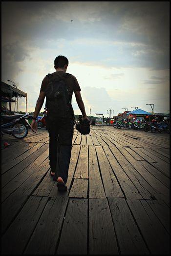Silhouette Indonesiantraveler Travel Photography INDONESIA Loveindonesia Visitindonesia @berau-borneo,indonesia Adventure Photography