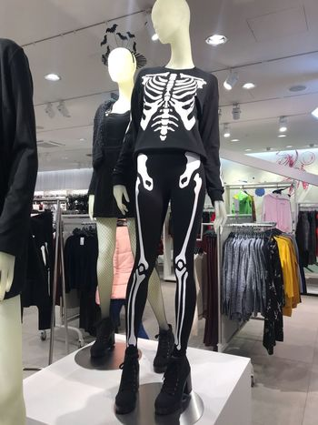 Made With IPhone 7 No Effects Model Shopping Mannequin Human Representation Store Clothing Store Fashion Business Clothing Boutique Indoors  Choice Representation Textile
