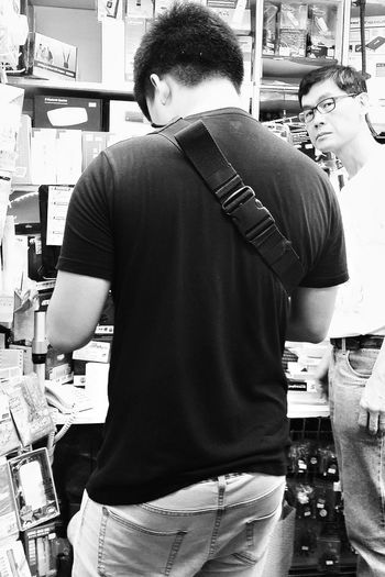 Son Shopkeeper Shop Sham Sui Po HongKong Travelphotography Streetphotography