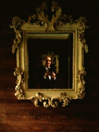 In frame Trick Photography Pic In Mirror Gold Colored History Beauty One Woman Only Indoors  Adult Old-fashioned One Person