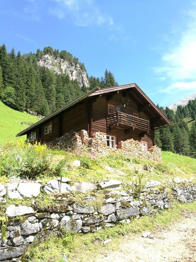 Built Structure Outdoors Architecture Tree Alpen Zillertal Alps No People Hütte