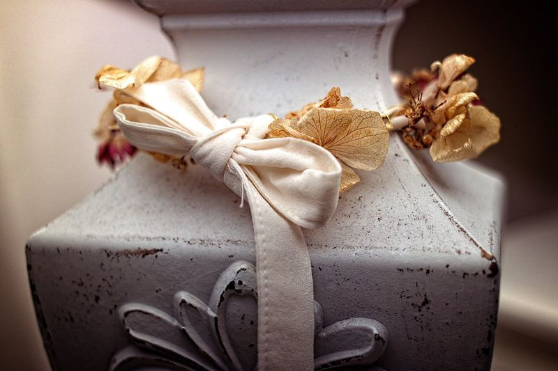 Indoors  Close-up Still Life Ribbon Ribbon - Sewing Item Bow Tied Bow Tied Up White Color Celebration Selective Focus Textile Autumn Mood