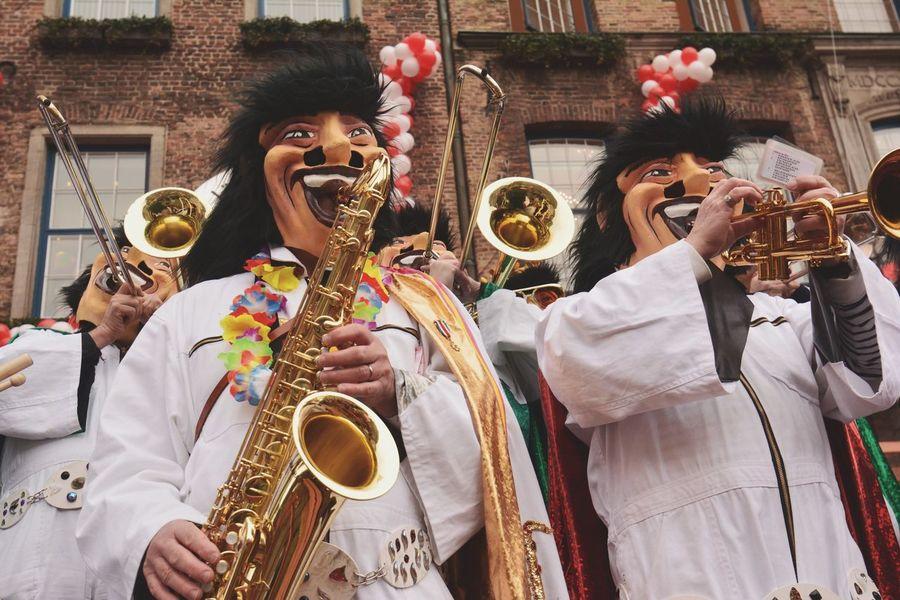 Trumpet Düsseldorf Carnival Showcase: February Street Photography Colors Of Carnival Parade Germany