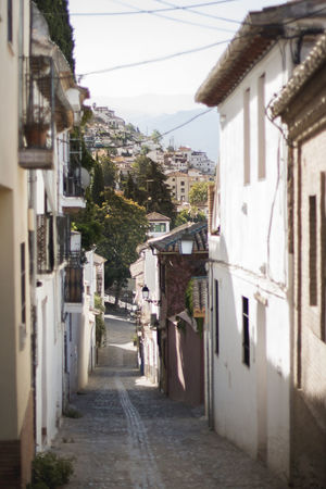 Granada Space Street Day Daylight Old History Oldbuilding Mountain Spaın Houses