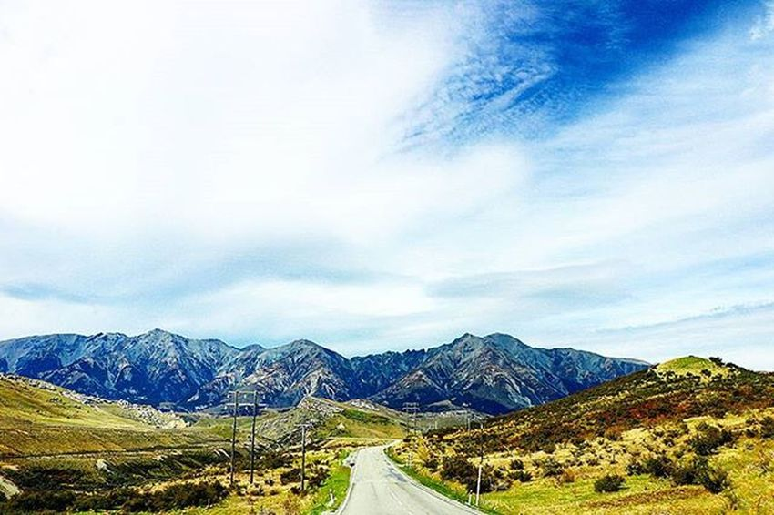 Hitting the roads is such an enjoyable thing to do in such a pretty place. NZ Nzmustdo Canon Canonphotography Canon760D Theworldshotz Travel Awesome_globepix Warrenjc Superhubs_souls Christchurchnz Kiwi_photos