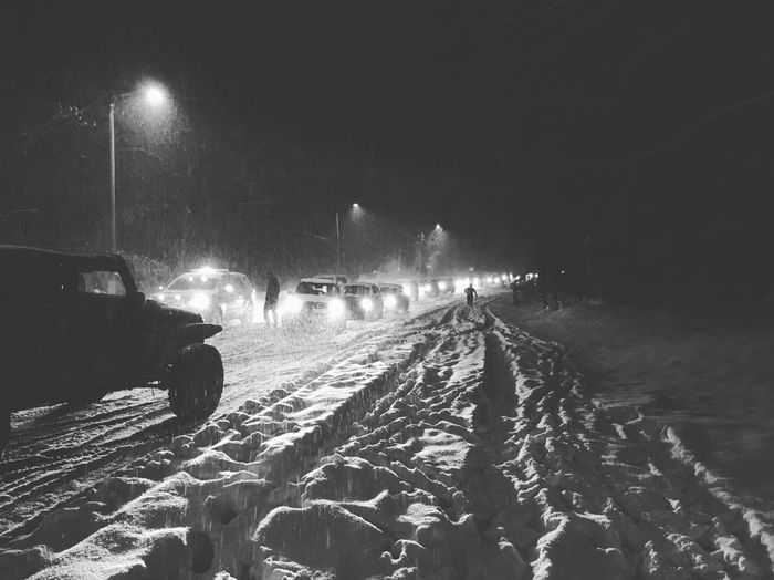 "Snow - ""bind"" ✨❄️🚧😳🚧❄️✨ Tadaa Community Night Illuminated Transportation Mode Of Transportation Lighting Equipment Land Vehicle Motor Vehicle Car The Way Forward Glowing Outdoors Street Light"