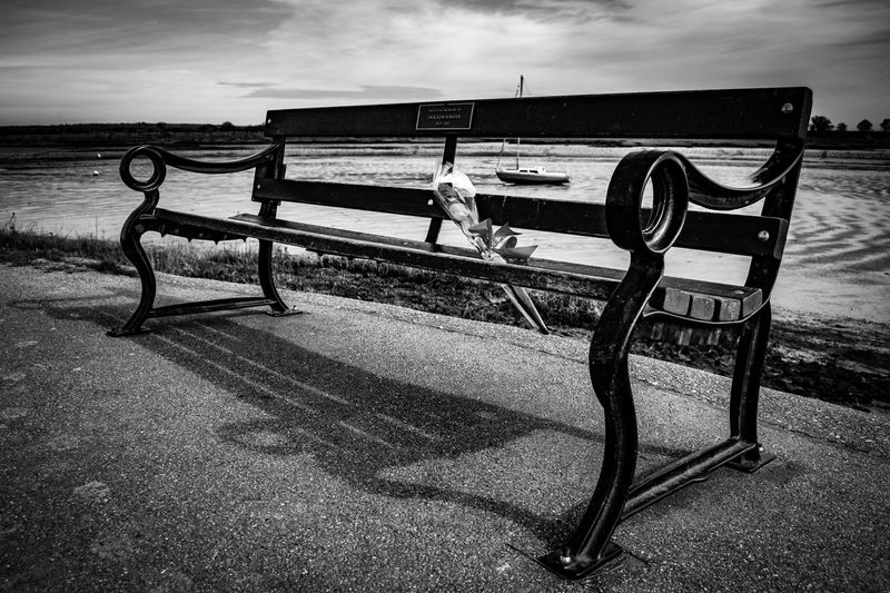 Memories Empty Bench Rose🌹 Lost Love Riverside River View Boat Boat On The River Boat On The Water River On The River By The River Outdoors Blackwater Shadow Lihts And Shadows Black And White Black & White Black & White Photography Black And White Photography Maldon Essex United Kingdom Nikon D3200