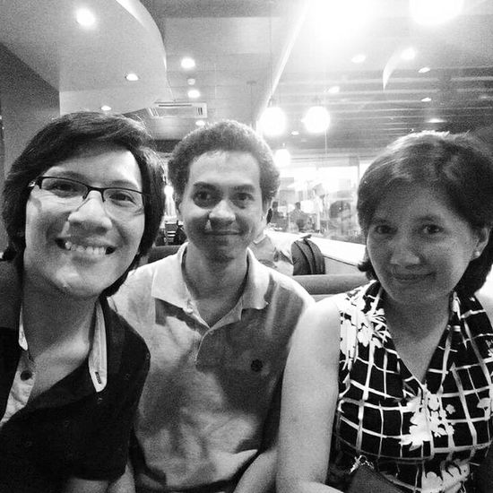 It's great catching up with old friends... ☺ Catching Up Old Friends