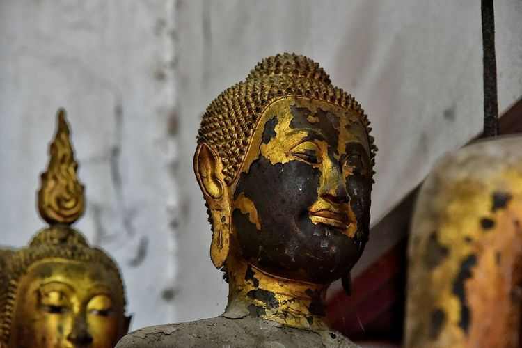 Statue Sculpture Human Representation Religion Art And Craft Spirituality Gold Gold Colored Idol No People Indoors  Close-up Day