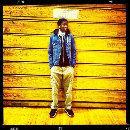Coolin yesterday before my game .. Got da W