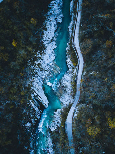 soca river Water Beauty In Nature Nature High Angle View No People Scenics - Nature Tranquility River Flowing Water Stream - Flowing Water Power In Nature Nature Nature_collection Nature Photography Naturelovers Outdoors Outdoor Photography Outdoor Drone  Dronephotography Droneshot Waterfront Water_collection Travel Destinations Rock - Object