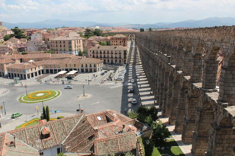 Aqueduct Of Segovia Against Sky In City