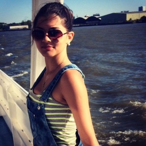 London England Girl River Yay Enjoying Life Hanging Out Hello World Traveling Holiday
