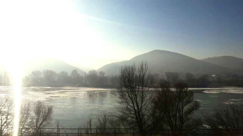 -15°C Winter Landscape Mountain Tree Nature Danube Clear Sky Sky River