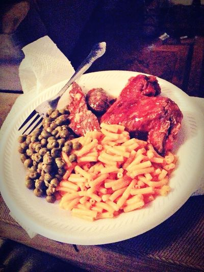 What's For Dinner? Dinnertime! Yummy♡ Yummy Delicious Food Fried Chicken Peas Macncheese