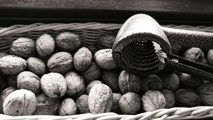 Large Group Of Objects LG  Lg G5 Lgg5photography Smartphone Photography Smartphonephotography Black And White Black&white Nuts The Nutcracker  Monochrome Photography