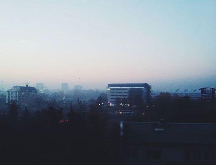 Dzień dobry Wrocław !💜 Igerspoland Igerswroclaw Wroclovers Fejwryt Foggymorning Fog Skyporn Cityscape