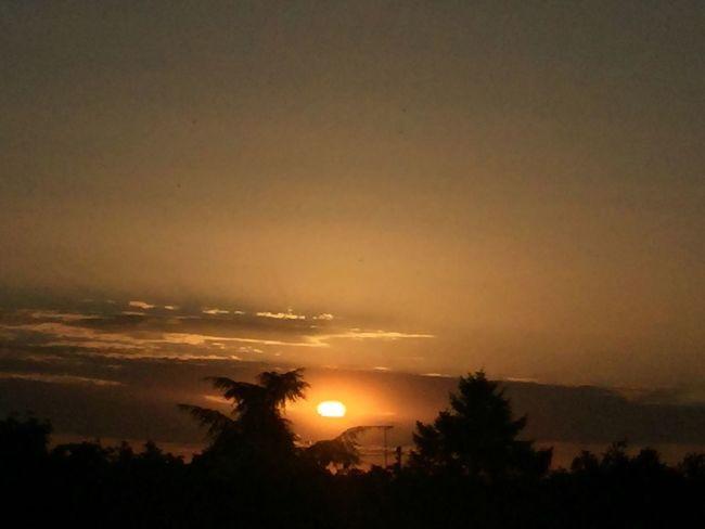 Soleil Et Nuages Sun And Clouds Coucher De Soleil Soleil Couchant Soleil Sun ÉTÉ 2016 Summer 2016 The Essence Of Summer Paysage Nature
