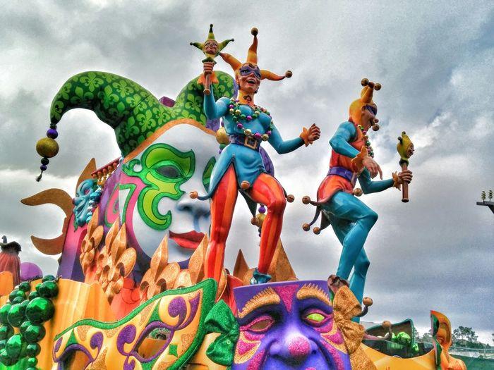 Mardi Gras Universal Studios  Universal Studios Orlando Orlando Taking Photos Florida Parade