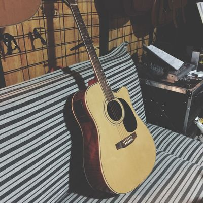 吉他 Guitar Guitarist Playing Guitar My Guitar Guitars