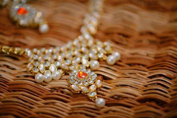 Necklace Luxury Jewelry Gold Colored Precious Gem Festive Season India