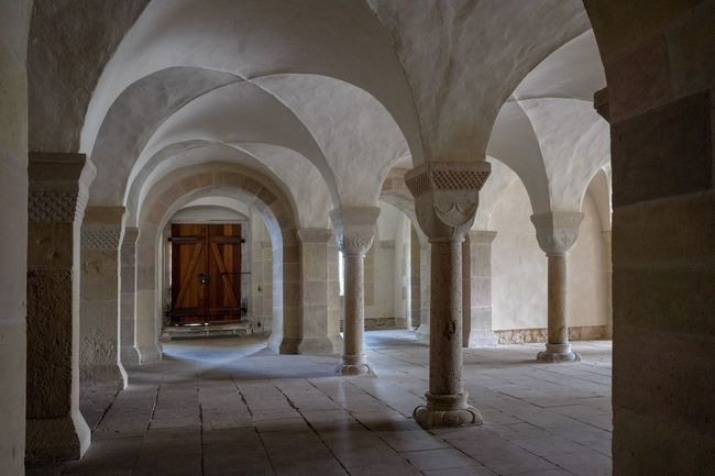Gewölbe Klosterkirche Lippoldsberg Arch Architectural Column Architecture Built Structure Corridor Day History Indoors  No People