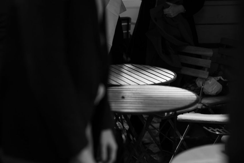 round table Real People Men Midsection Music Playing Indoors  People Lifestyles Leisure Activity Selective Focus Seat Women Musician Group Of People Standing Musical Equipment Chair Low Section