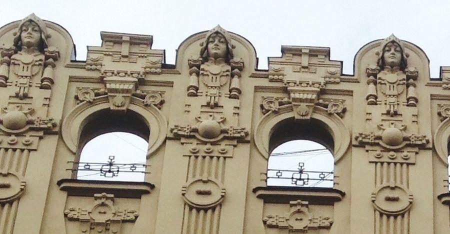 Nouveau Riche Easily missed in the art nouveau district