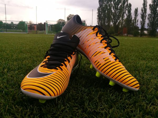 Sport Grass Soccer Playing Field Soccer Field Sports Clothing Shoe Soccer Shoe Team Sport Sports Uniform Sports Team Goal Post Breathing Space Multi Colored Huawei P9 Leica Huaweiphotography HuaweiP9 Norway Outdoors Nike