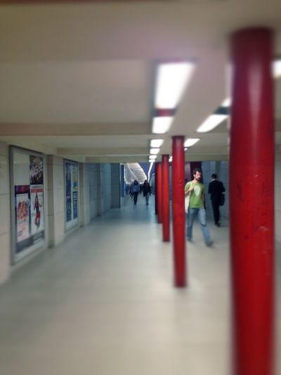 Waiting For A Train Saturday Night Soistberlin  AMPt - Vanishing Point