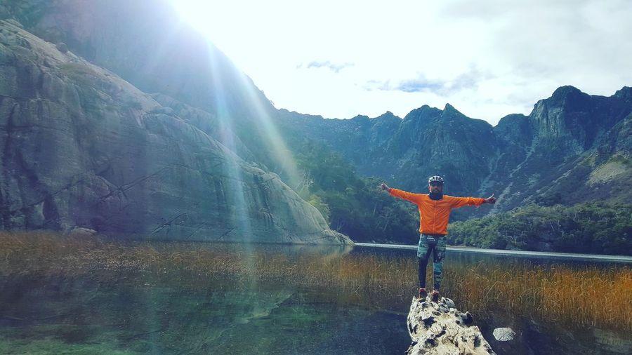 Pirquinco, Chile 🇨🇱 Na Nature Montains    Montañas❤ Colores De La Naturaleza Moments Goodday Agua Colores Goodday✌️ Buen Dia árbol Emocions Chile♥ Bicicleta Oudoors Friends Yoga Fitness