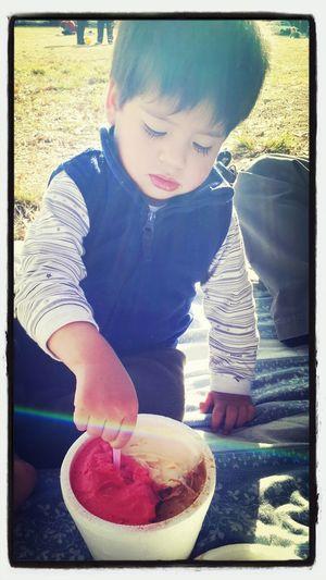 VALEN que pases un hermoso dia del niño te amamos mucho♥♡
