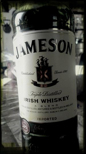 Prepping for tonight's feast...and tonight's spirit of choice shall be a little Jameson & Ginger. Happy Thanksgiving!!!