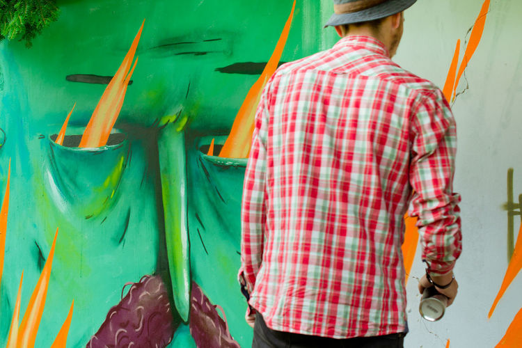 Casual Clothing Colorful Colors And Patterns Creativity Graffiti Graffiti Art Green Color Hands At Work Modern Modern Art Mural Mural Art Outdoor Photography Painter Person Street Photography Streetart Ukraine_art Urban Lifestyle Youth Of Today
