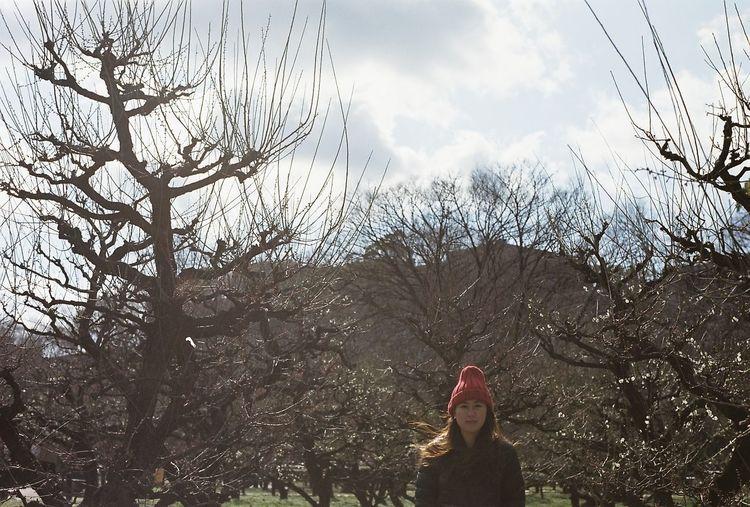 Learn & Shoot: Working To A Brief Sister OSAKA Japan Eyeemgallery Film Eyeemphotography Filmphotography 35mm Film Sunlight EyeEmBestPics Nikon EyeEm Gallery Portrait NoEditNoFilter Film Photography Eye4photography  EyeEm Best Shots Showcase: January
