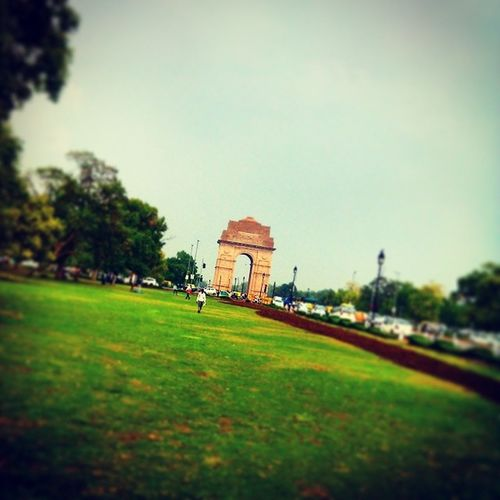 The Gate Of India That's Call 'INDIA GATE' ..... In The Rainy Day India Gate Full Masti Likeforlike Followforfollow If  U Follow Me Than Followback Followme Followback FollowBackForever Fully_Focus