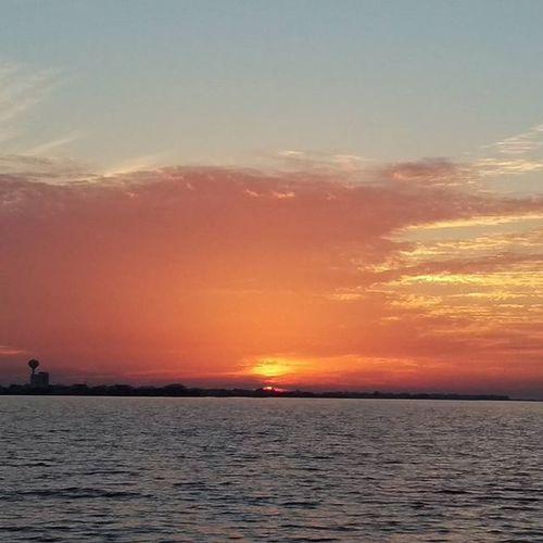 Tonight's Firey  Sunset Colorful Beautiful Sky Navarre Navarrebeach LoveFl Emeraldcoast Emeraldcoasting HTCOneM9 Htconelife Oneography 20 .7mp @htc @HTCUSA @HTC_UK @HTCelevate @HTCMEA @HTC_IN @HTCIreland @HTCCanada @HTCMalaysia @htcsouthasia @htcfrance TeamHTC @sharealittlesunshine @pureflorida