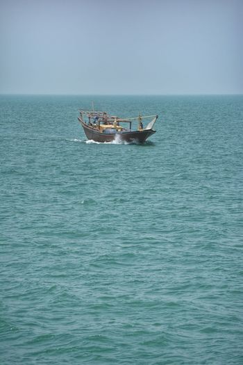 One Travel Sea Simple Traditional Ship Oman