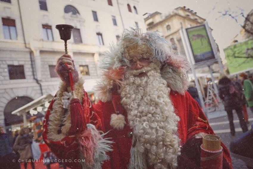 Christmas Lights Christmastime Christmas Around The World Christmas Is Coming Santa Claus Natal Natale  Cherubini Ruggero