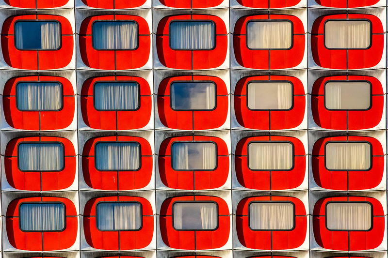 Abstract Backgrounds Bestoftheday Cubes EyeEm Best Shots EyeEm Gallery In A Row No People Red Time Window Windows BYOPaper! The Architect - 2017 EyeEm Awards The Photojournalist - 2017 EyeEm Awards