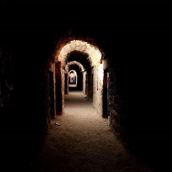 There is always a ray of hope at the end of the tunnel... Rayofhope Tughlakabadfort Delhi DelhiGram Trelltaledelhi _soi _indiasb Mypixeldiary Forlocalinsider Travelfire Storiesofindia Indiaclicks Click_india_click Igramming_india Vscoindia Vscodelhi Dfordelhi InstaDelhi